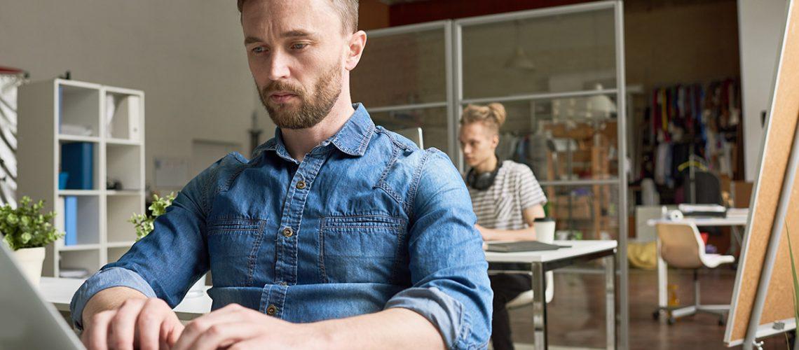 people-working-in-open-office-6PZ2JYU